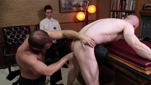 MissionaryBoys.com - Tight Elder Larsen receives fingering