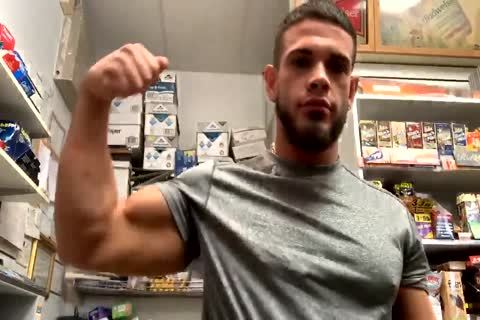 delicious ARAB twink CUMS AT WORK(GAS STATION) delicious AF!!!