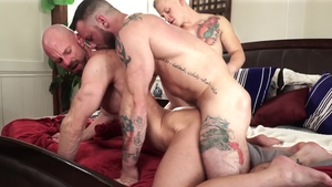 IconMale - Leo Luckett receives good fuck